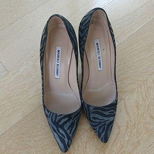 Manolo Blahnik gray zebra patterned pumps